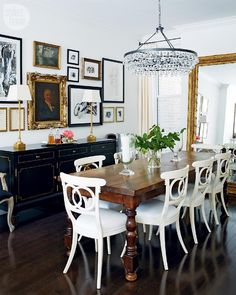 From Traditional To Modern To Eclectic And Back Againthe Perfect Simple Dining Room Traditional Decorating Design
