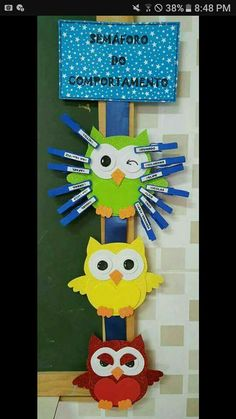 Učionica Dollar Store Crafts, Dollar Stores, Craft Stick Crafts, Paper Crafts, School Projects, Projects To Try, Classroom Language, Classroom Door, School Decorations