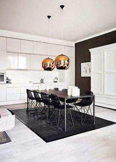 Convivência: cozinhas com mesas grandes