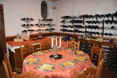 La sala privata e cantina dei vini. www.alpostiglione.it #Ristoranterovigo #specialitàcarne #Ristorante
