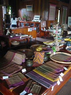 "Project of ""Wisdom from Forest"" in Siem Reap (Laos) Institute of Khmer Traditional Textiles (IKTT) –"