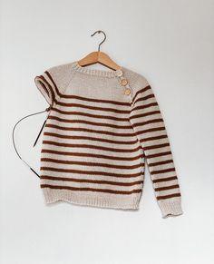 En seaside sweater til storebror.  Denne er strikket i Sunday i fargene 1015 og Seaside, Sunday, Sweaters, Instagram, Fashion, Moda, Domingo, Fashion Styles, Beach
