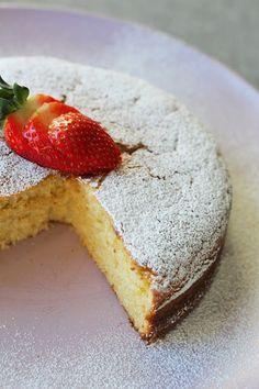 Storesøsters Kjøkken: Yoghurtkake Med Sitron