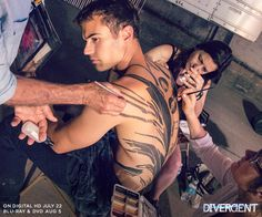 Getting his Four tattoo painted on ~Divergent~ ~Insurgent~ ~Allegiant~ (Theo James, Tobias Eaton) Divergent Film, Divergent Tattoo, Divergent Fandom, Divergent Insurgent Allegiant, Theo James, Theo Theo, James 4, Veronica Roth, Shailene Woodley