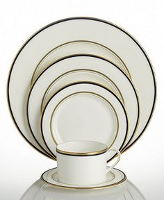 the 5 most popular dinnerware sets for millennials | dining sets