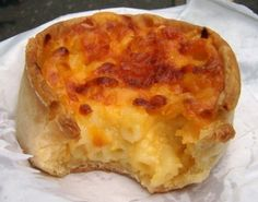 Macaroni pies, because I feel the need to share them :P