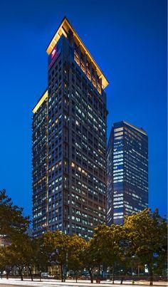 Graha Niaga, Jakarta, 27 fl, completion 1993, architect-Kohn Pedersen Fox Associates