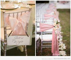 Decoración de boda en el jardín y salón con sillas plateadas y lazos rosas