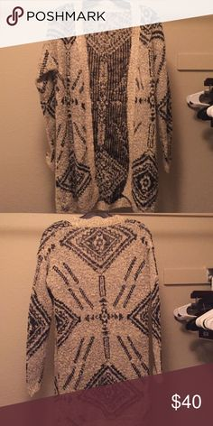 Grey Aztec pattern open cardigan Light grey open cardigan with black Aztec print. Long tunic style. LeShop Sweaters Cardigans