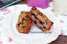 Financier z jagodami French Toast, Muffin, Lunch, Breakfast, Recipes, Food, Morning Coffee, Eat Lunch, Recipies