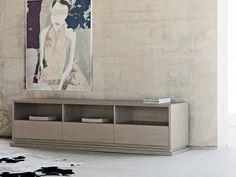 Turin Cabinet Base, Baltus Collection
