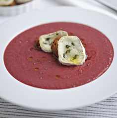 Beetroot soup with goats cheese croutons