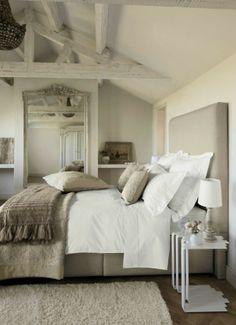 Natuurlijke basis kleuren voor een slaapkamer.