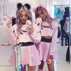 Kawaii from the womb to the tomb! Cutest party going ☝️ right now… Tokyo Fashion, Harajuku Fashion, Kawaii Fashion, Cute Fashion, Fashion Outfits, Fashion Hair, Melanie Martinez Style, Girl Bad, Mode Lolita