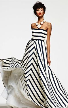 Oscar de la Renta - striped dress and maxi collar