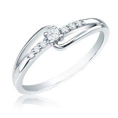Diamond Promise Ring in 14k White Gold