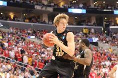 Photos: WSU beats Ohio State - Elite Eight 03/2013 Ron Baker