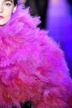 Veja as fotos de detalhes da Armani Privé na temporada de Alta-Costura Inverno 2015