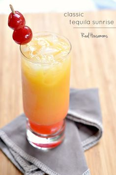 Classic Tequila Sunrise | Real Housemoms