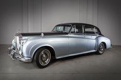Auto Królowej Elżbiety II Nasz Rolls -Royce to prawdziwa perełka,. Rolls Royce Silver Cloud, Pontiac Bonneville, Jaguar E Type, Fiat 500, Volvo, Mustang, Mercedes Benz, Porsche, Ford