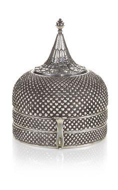 A silver onion-form spice box (pandan), India, early century comprising… Vintage Silver, Antique Silver, Gold Glass, Objet D'art, Little Boxes, Casket, Decoration, Metal Working, Decorative Boxes