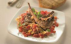 Αρνίσια μπριζολάκια με ντομάτα και αυγά Beef, Food, Meat, Essen, Meals, Yemek, Eten, Steak