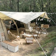 Camping Style, Camping Glamping, Diy Camping, Camping Hacks, Camping Gear, Outdoor Furniture Sets, Outdoor Decor, Cofee Shop, Tent Tarp