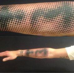 tattr: DIMITRI HK Saint-Germaine-en-Laye, France www.tatouage.fr Dimitri HK Facebook Phone: +33 1 30 87 09 59 Email: info@tatouage.fr