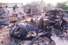 The real Black Hawk Down. Wreckage of an American helicopter in Mogadishu, Somalia, 1993.