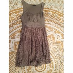 Grey cotton/lace dress Great condition! Super comfy can be worn casually or fancy! Soprano Dresses