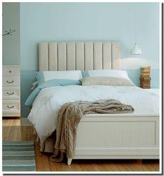 Chambre moderne bleu aqua et beige pastel de chez Laura Ashley