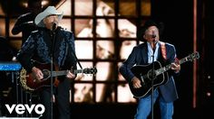 Alan Jackson, George Strait - Remember When / Troubadour (Live from the ...