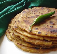 Lauki Thepla | Doodhi na Thepla | Gujarati Thepla | Indian flat bread with bottle gourd | Travel Food