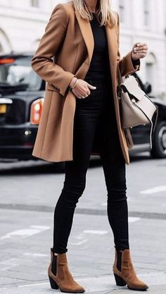 Casual women work outfits for winter - Winter Work Outfits Business Casual Outfits, Casual Winter Outfits, Winter Fashion Outfits, Winter Business Casual, Fashion Spring, Brown Boots Outfit, Coat Outfit, Winter Outfits For Teen Girls, Winter Outfits For Work