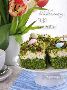 Tort szpinakowy Avocado Toast, Easter, Breakfast, Recipes, Sweets, Food And Drinks, Bakken, Morning Coffee, Easter Activities