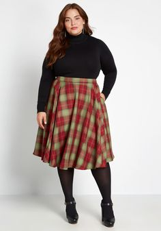 Usher in autumn with this vintage-inspired midi skirt—an exclusive ModCloth-Collectif collab! A perfect separate for blouses or turtlenecks, this multicolored A-line is finished with a high waistline, nifty side pockets, and a flowy silhouette. Midi Rock Outfit, Full Skirt Outfit, Skirt Outfits, Dress Skirt, Look Vintage, Vintage Skirt, 80s Fashion Party, Fashion Outfits, Fashion Skirts