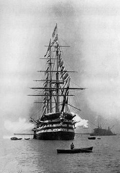 HMS Duke of Wellington Portsmouth Harbour 1896 Legend Of The Seas, Portsmouth Harbour, Great Lakes Ships, Old Sailing Ships, The Last Ship, Boat Names, Vintage Boats, Wooden Ship, Navy Ships