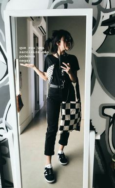 Katrina Kaif Hot Pics, Girl Inspiration, Basic Outfits, All Black, Korean Fashion, Mom Jeans, Casual, Normcore, Stylists