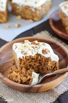 Healthier Carrot Cake - Naturally sweetened with honey, applesauce and pineapple, whole grain, topped with honey cream cheese frosting. Whole Wheat Carrot Cake, Carrot Cake With Pineapple, Carrot Cake Muffins, Healthy Carrot Cakes, Healthy Baking, Healthy Desserts, Healthy Foods, Whole Food Recipes, Cake Recipes