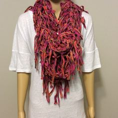 Loose weave infinity scarf Amazing shades of orange & pink, large weave infinity scarf with tassels. All prices are negotiable, just push the 'OFFER' button Accessories Scarves & Wraps