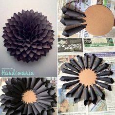 Enfeite feito com papel/ Crepe Paper Flower