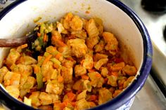 Famózna FIT večera: Zapekaná brokolica s kuracím mäskom - Fitshaker Cauliflower, Curry, Chicken, Vegetables, Ethnic Recipes, Fitness, Food, Diet, Cauliflowers