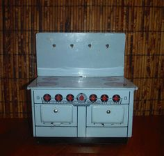 Vintage Blue Tin Toy Stove Oven - 1950's MAR Toys Made in Canada Kitchen Furniture - '50's Metal Blue Stove Oven Kitchen Toy Furniture