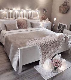 Sweet dreams by @gozdeee81 #inredning #hjemmekos #hjem #interiørdilla #interior12follow #hem #sovrum #soverom #interiørtips #bedroom #interior #interiørdesign #interiör #interiørinspirasjon #christmas #nordiskehjem #bedroomdesign #dekor #hem #interiør #vackrahem #skönahem #dagensinteriør #tipstilhjemmet #sovrumsinspo #hemma #interior #innredning #mynordicroom #ukensprofil - Architecture and Home Decor - Bedroom - Bathroom - Kitchen And Living Room Interior Design Decorating Ideas…