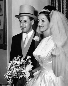 Jackie Collins and Austin Wallace - Vintage Celebrity Wedding Photos - Photos Celebrity Wedding Photos, Vintage Wedding Photos, Vintage Bridal, Wedding Images, Wedding Pics, Celebrity Weddings, Wedding Bride, Wedding Gowns, Wedding Day