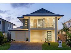 facade ideas with balcony