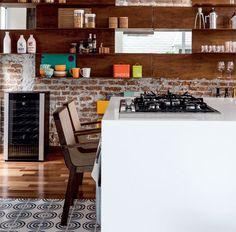 Cozinhas dos sonhos... Detalhes rústicos dão o toq... Ideias pra quem quer deixar a cozinha mais aconchegante