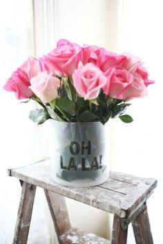 Pretty pink roses. Oh, la la!