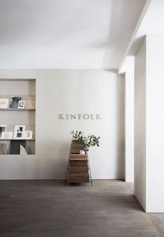 Kinfolk Magazine's Sublime Copenhagen HQ by Norm Architects. Cafe Interior, Office Interior Design, Office Interiors, Corporate Interiors, Commercial Design, Commercial Interiors, Cafe Design, Store Design, Kinfolk Magazine