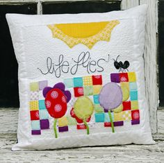 Heart Snip Pillow, Mixi Heart Patterns, www.MixiHeart.com, Riley Blake Fabric, Different Ways to Display Quilts
